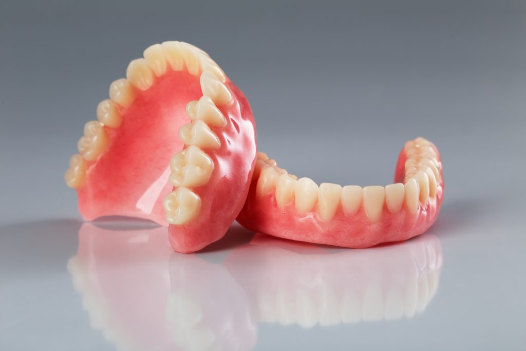 Where can I find removable dentures in palmetto?