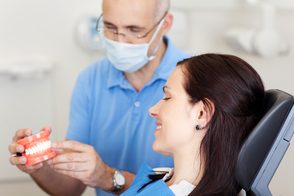 Who is the best dentist for Pembroke Pines Dentures ?