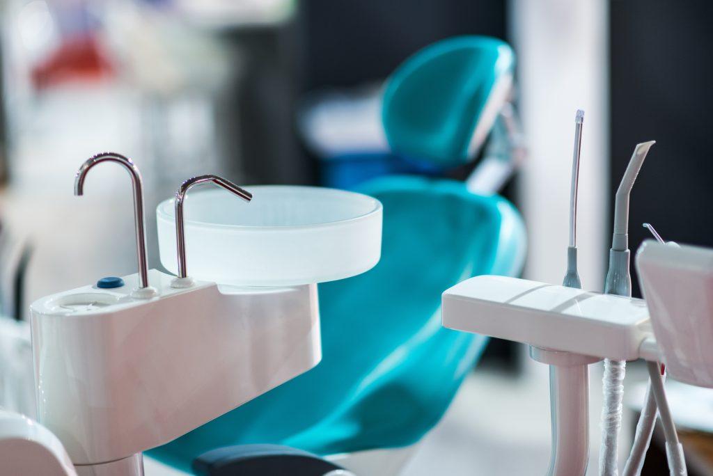 where are the best periodontics Miami?